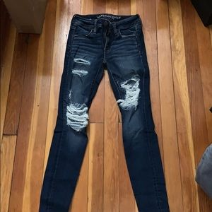 AE DESTROYED JEANS